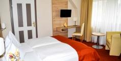 Hotel Zimmer Pension Schwarzer Graf Fam. Krifter Windischgarsten Pyhrn Priel.jpg